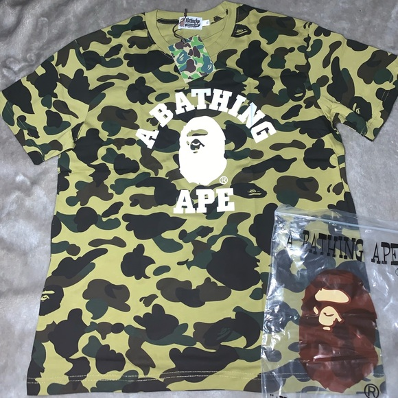 1bde4f5088e6 A Bathing Ape Green Camo Shark Tee US L